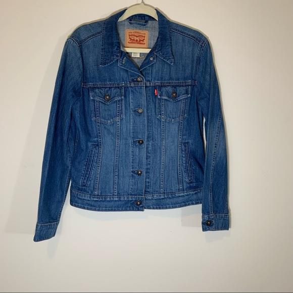 Levi's Women's Denim Jean Trucker Jacket Fitted